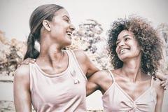 Wolontariuszi wspiera nowotwór piersi świadomość obrazy stock