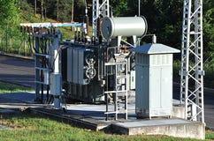 Woltaży transformatory w dystrybucj podstacjach Fotografia Royalty Free
