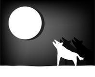 Wolvengehuil bij de maan Royalty-vrije Stock Afbeelding