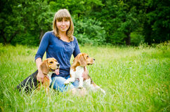 Woman with beagle Royalty Free Stock Photos