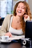 Woman cafe laugh vert 0121(62).jpg Royalty Free Stock Photo