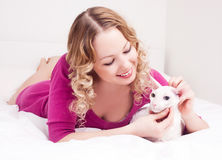 Woman with a cat Royalty Free Stock Photography