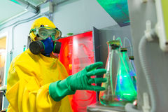 Woman in chemical laboratory Royalty Free Stock Photos