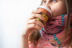 Woman with coffe to go Royalty Free Stock Photos