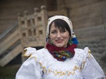 Woman dressed in traditional Romanian clothes_ Royalty Free Stock Images