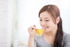 Woman drink green tea Royalty Free Stock Photos
