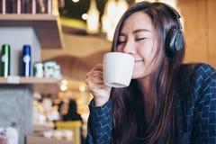 Free Woman Drinking Coffee Stock Image - 91545271