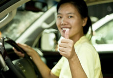 woman driver thumb up Royalty Free Stock Photography