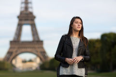 Woman eifel tower Royalty Free Stock Photography