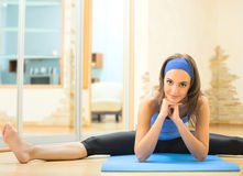 Woman exercising Royalty Free Stock Image