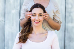 Woman getting reiki therapy Royalty Free Stock Photography