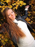 Woman girl portret in autumn green leaf wall Stock Images