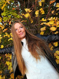 Woman girl portret in autumn green leaf wall Stock Photography
