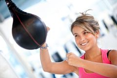 Woman at the gym boxing Royalty Free Stock Photos