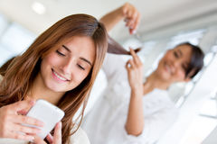 Woman at the hair salon Royalty Free Stock Photography