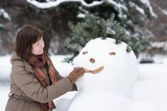 Woman having fun in winter Royalty Free Stock Photos