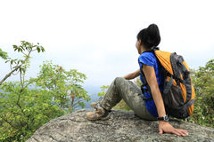 Woman hiker enjoy the view Royalty Free Stock Photos