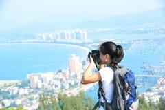 Woman hiker/photographer outdoor Royalty Free Stock Photos