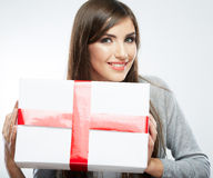 Woman hold gift Royalty Free Stock Photos