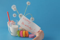 Woman hold message happy birthday Royalty Free Stock Photography