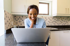 Woman internet laptop Royalty Free Stock Photography