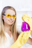 Woman in laboratory Royalty Free Stock Photography