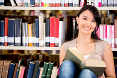 Woman at the library Royalty Free Stock Images