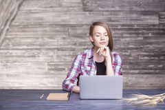 Woman looking at laptop Royalty Free Stock Photography