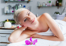 Woman lying relaxed in the spa salon Royalty Free Stock Photo
