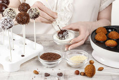 Woman making cake pops Royalty Free Stock Photography