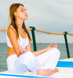 Woman meditating Royalty Free Stock Photos