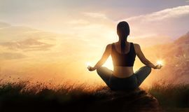 Free Woman Meditating Yoga At Sunset Mountains With Nature. Outdoor S Royalty Free Stock Photos - 107880098