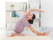 Free Woman Meditation Yoga At Home Stock Image - 33835631