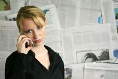 woman with newspaper Royalty Free Stock Images