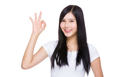 Woman with ok sign Royalty Free Stock Photography