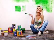 Free Woman Paint Wall At Home. Royalty Free Stock Images - 35354129