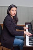 Woman pianist Royalty Free Stock Photos