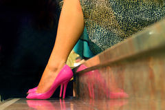 Woman with pink shoes Royalty Free Stock Photos