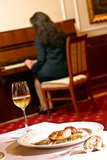 Woman playing piano Royalty Free Stock Image