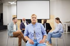 Free Woman Posing In Group Therapy Royalty Free Stock Images - 144235279