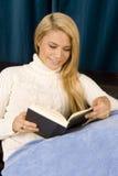 Woman reading Royalty Free Stock Photo
