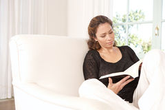 Woman reading book. Royalty Free Stock Photography