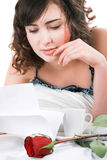 Woman reading letter Stock Photography