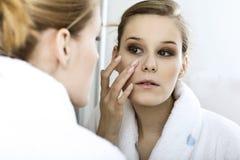 Woman reflexion in mirror Royalty Free Stock Photos