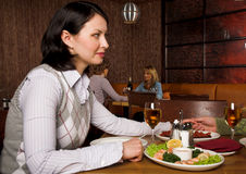 Woman at the restauran Royalty Free Stock Photos