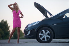 The woman's car broke down Royalty Free Stock Images