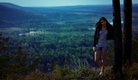 Woman scenic overlook Royalty Free Stock Photo