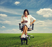 Woman screaming at lazy businessman Royalty Free Stock Images