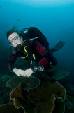 Woman scuba diver Royalty Free Stock Photos