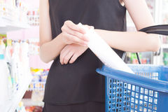 Woman Shopping In a Grocery Store Royalty Free Stock Images